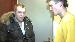 tenåring hardcore blowjob amatør kjæresten russisk hanrei