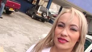 tenåring hardcore blowjob amatør latina orgie virkelighet
