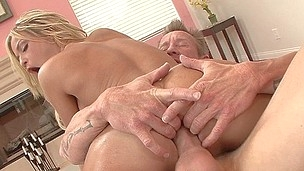 tenåring blonde babe hardcore blowjob pornostjerne hd oral