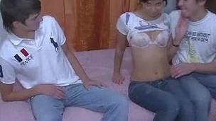 tenåring hardcore blowjob amatør kjæresten russisk små pupper hanrei