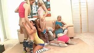 Six gorgeous teenies fuck within reach a sleep over