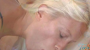 Sexy darling is tasting a long pecker in advance of riding it